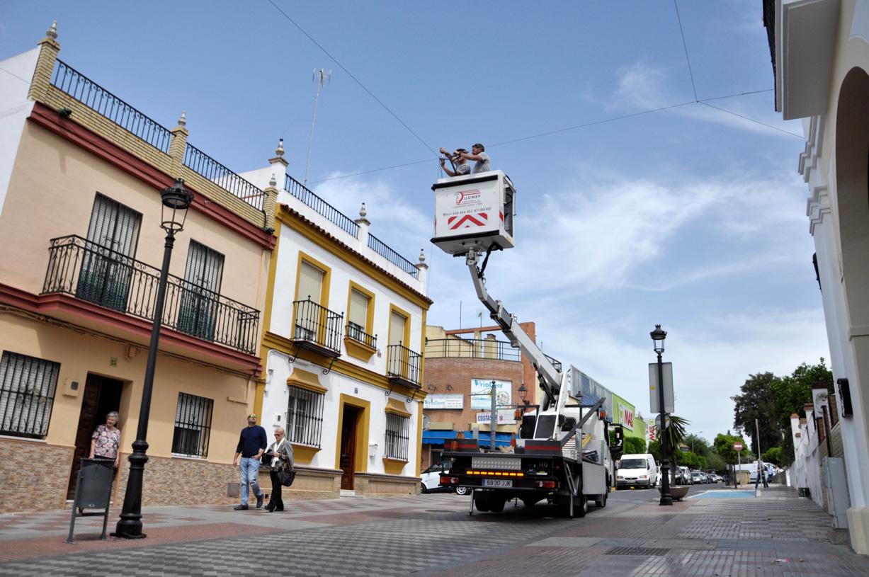 El ayuntamiento ampl a los toldos en la zona peatonal for Colocacion de toldos